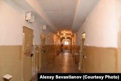 Коридор следственного изолятора в Челябинске