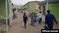 Даромадгоҳи беморхона дар шаҳри Хуҷанд