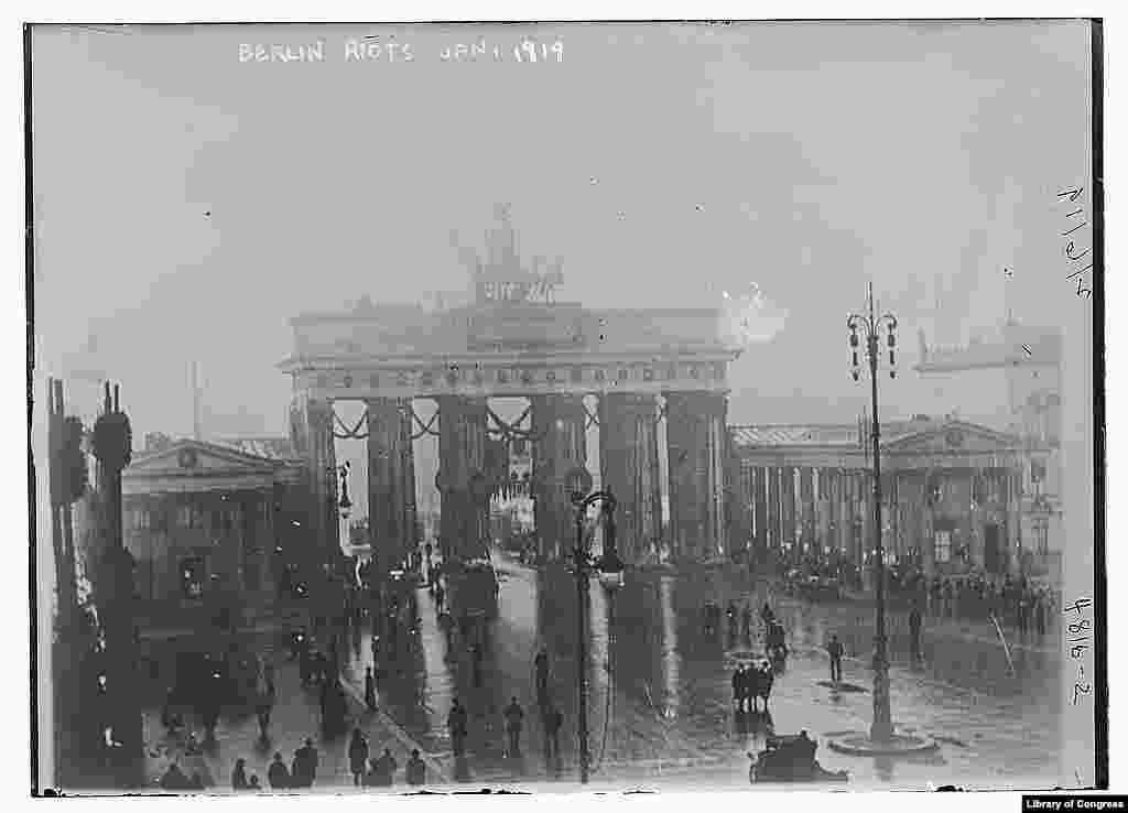 The Brandenburg Gate in Berlin is seen during the January Uprising -- an abortive attempt by communists to seize power.