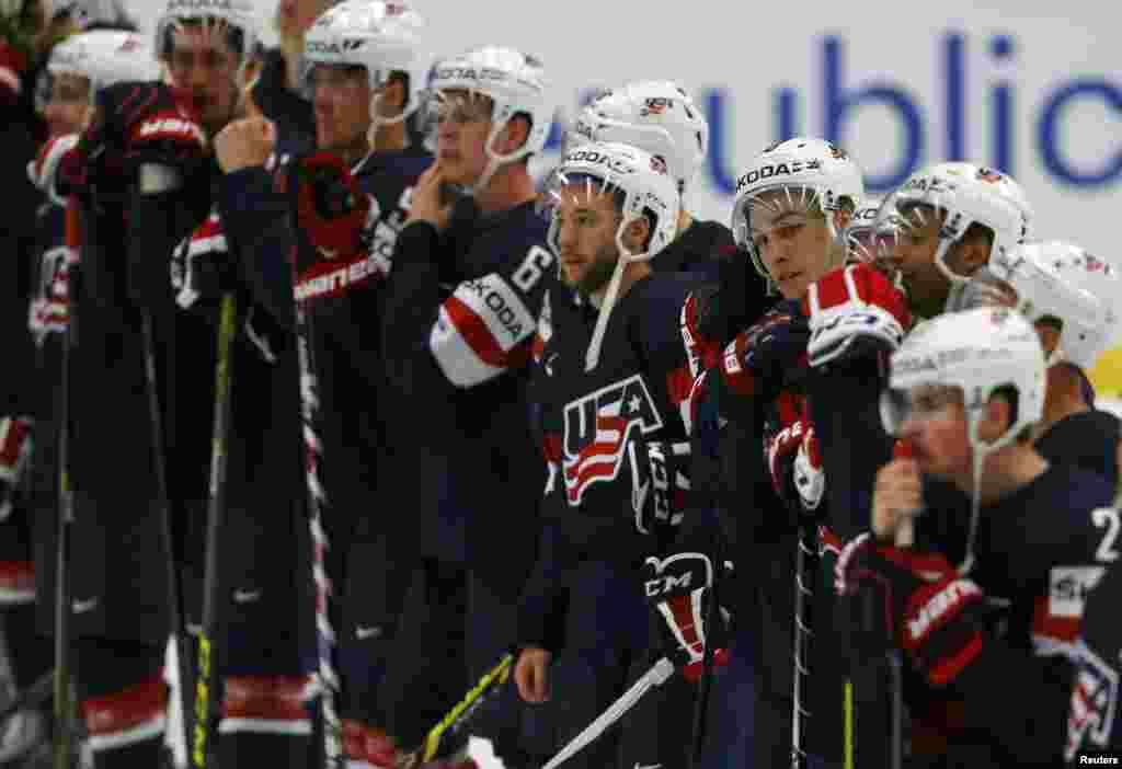 АҚШ құрамасының Беларусь командасынан жеңілген кездегі реакциясы. Острава, 7 мамыр 2015 жыл.