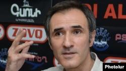 Актер Вардан Петросян