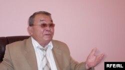 Алпамыс Бектұрғанов, Батыс Қазақстан облысы әкімінің кеңесшісі. Орал, 15 шілде 2009 жыл.