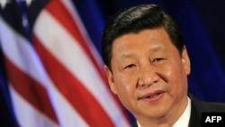 Қытай төрағасының орынбасары Си Цзиньпин Ақ үйде АҚШ басшысы Барак Обамен кездесіп тұр. Вашингтон, 15 ақпан 2012 жыл