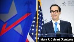 وزیرخزانهداری آمریکا میگوید خانوادههای چهار نفره که دو بچه دارند سه هزار دلار کمک معیشتی دریافت میکنند.