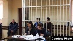 Судья Сухумского городского суда Рустам Чагава оправдал и освободил из-под стражи Ахрика Еника и Инала Авидзба, которые, будучи пьяными, избили 15 ноября прошлого года премьер-министра Абхазии Беслана Бутба
