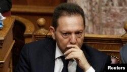 Министерот за финансии Јанис Стурнарас