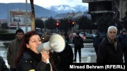 Босниядағы митингіден көрініс. 4 наурыз 2014 жыл