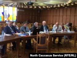На заседании общественной коллегии по жалобам на прессу