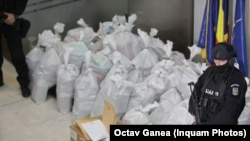 Droguri capturate în timpul anchetei