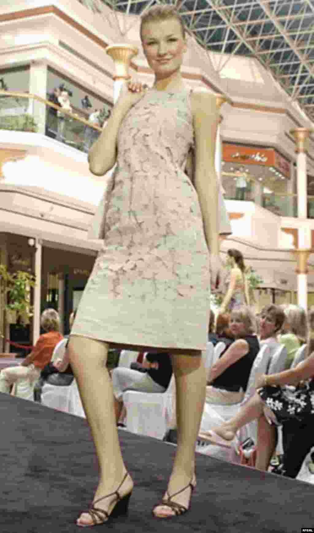 U.A.E, Dubai Fashion show, 03/09/2007