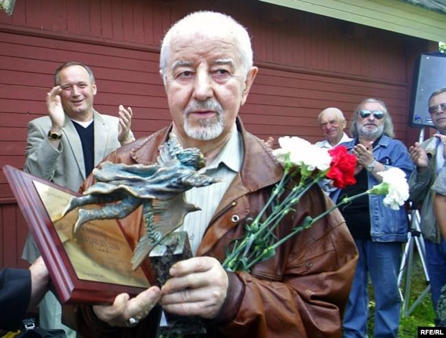 Рыгор Барадулін – ляўрэат прэміі «За свабоду слова» імя Васіля Быкава, 2008 год