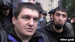 Ахра Авидзба и задержанный вместе с ним Талех Гасанов (архивная фотография)