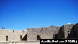 Исторические памятники Азербайджана. Архивное фото