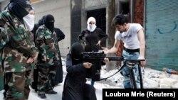 Джихадисты обучают женщин в Сирии. Иллюстративное фото