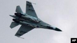 Військовий літак Су-27 (ілюстративне фото)
