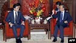 Hytaýyň premýeri Wen Jiabao we Türkmenistanyň prezidenti Gurbanguly Berdimuhamedow Pekinde, 2012-nji ýylyň 5-nji iýuny.
