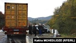 В 2015 году автоаварии в Грузии унесли жизни 602 человек, среди них – 28 детей. В прошлом году погибших было тоже много, но все же меньше, чем в этом, – 511