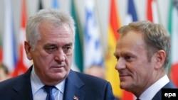 Tomislav Nikolić (L) i Donald Tusk