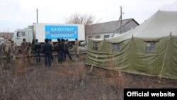 Су басқан Сарытөбе ауылындағы құтқарушылар бригадасы. Қарағанды облысы, 12 сәуір 2015 жыл.