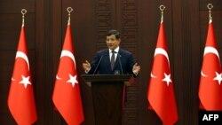 Թուրքիայի վարչապետ Ահմեթ Դավութօղլու, արխիվ