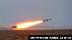Испытания украинских ракет на военном полигоне в Одесской области