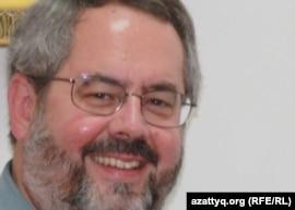 Индиана университетінің профессоры Девин Ди Уис. Алматы. 24 тамыз 2010 жыл.