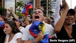 Пратэстоўцы ў Каракасе, 23 студзеня