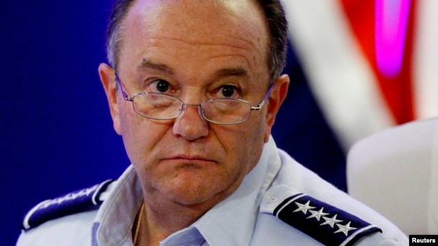 Головнокомандувач об'єднаних збройних сил НАТО в Європі генерал Філіп Брідлав