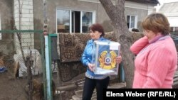 Під час виборів у потерпілій від повені Карагандинській області, село Чкалово, 26 квітня 2015 року