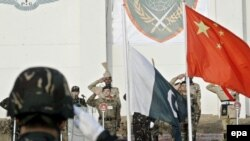 عکسی از آغاز مانور نظامی مشترک پاکستان و چین.