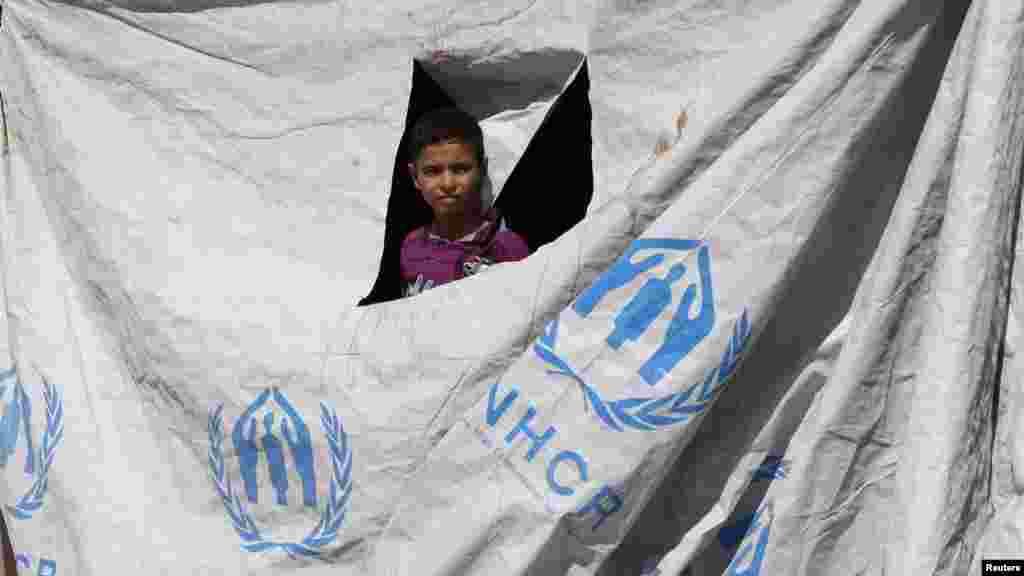 Лагерь сирийских беженцев на границе с Иорданией