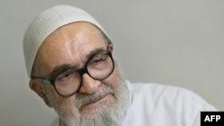 Dissident Iranian cleric Grand Ayatollah Hossein Ali Montazeri