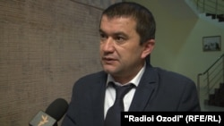 Бадриддин Сафаралиев, бародари Бурҳониддин Сафаралиев.