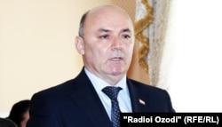 Нусратулло Давлатзода, раиси Кумитаи андози Тоҷикистон.