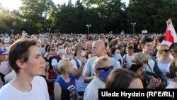 Білорусь, пікет Світлани Тихановської на Київській площі. Мінськ, 6 серпня, 2020