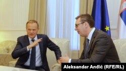 Presidenti i Këshillit Evropian, Donald Tusk, dhe presidenti i Serbisë, Aleksandar Vuçiq. Beograd, 25 prill, 2018.