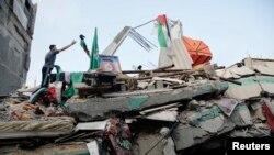 Pamje nga gërmadhat e shtëpisë së liderit të Hamasit Ismail Haniyah