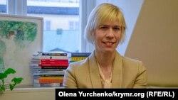 Депутатка парламенту Швеції Марія Нільссон у своєму офісі в Стокгольмі