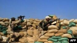 Forcat irakiane në pozicion afër Ramadit