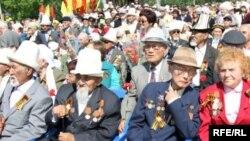Бишкектеги Жеңиш майрамы, 2010-жылдын 9-майы.