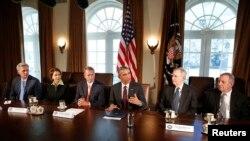 لقاء بين الرئيس اوباما وقادة الحزبين في الكونغرس، في 13 كانون2 2015
