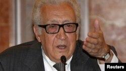 БУУнун жана Араб лигасынын Сирия боюнча чабарманы Л.Брахими, 2013