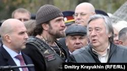 В России и на Украине разные герои. Открытие памятника Ивану Грозному в Орле