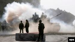Орусиянын танкттары Грузиянын Гори шаарында. 22-август, 2008-жыл.