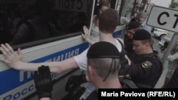 Задержание участников марша в поддержку Ивана Голунова, Москва, 12 июня