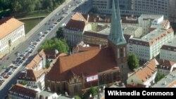 Церковь святого Николая. Отсюда некогда начинался Берлин