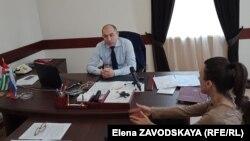 Помощник премьер-министра Астамур Джикирба рассказал журналистам подходах правительства к преодолению «мусорного» кризиса