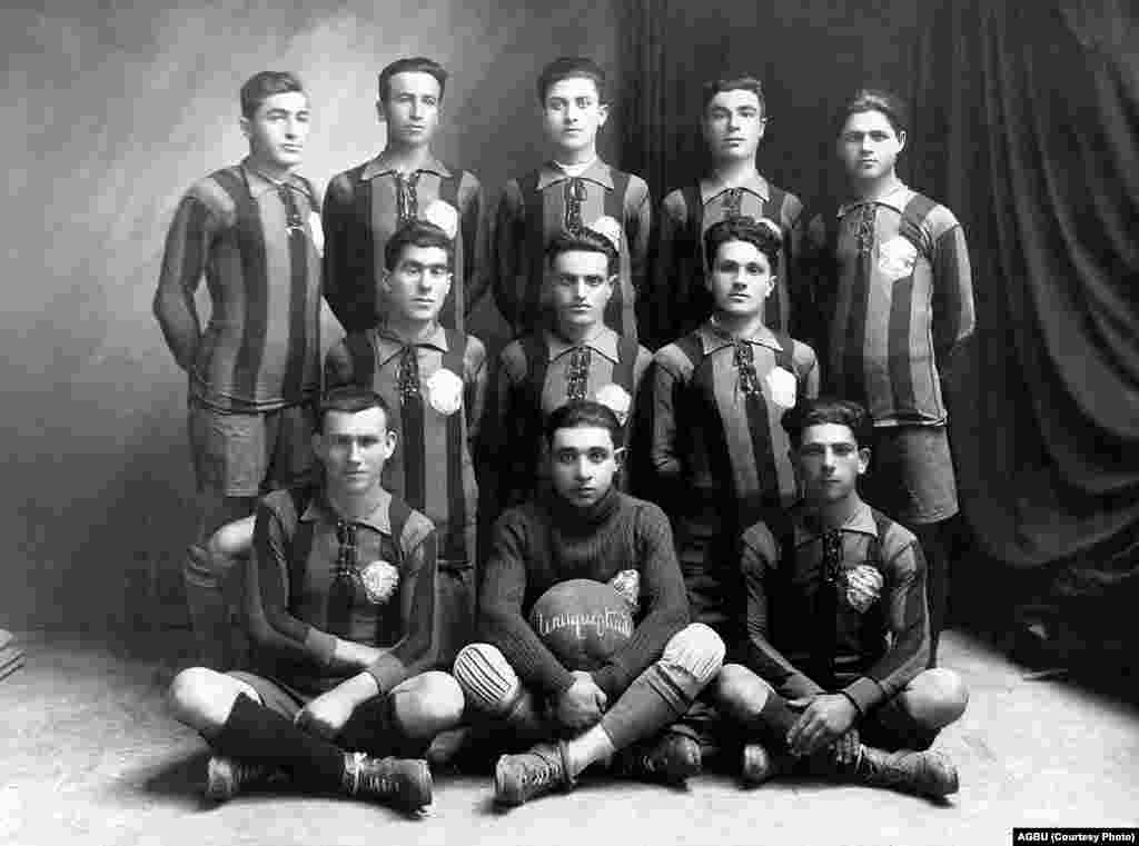 The soccer team of the Armenian General Benevolent Union in Aleppo (1929-30)