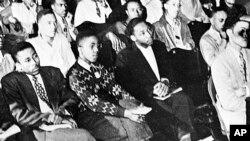 کینگ با مفکوره بر بنیاد صلح و عدم خشونت مبارزه میکرد.