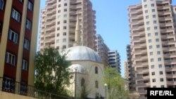 "мечеть ""Илахийят"" в Баку"